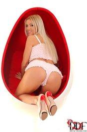Czech Beauty Blanca Brooke 03