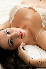 Brazilian Naked Beauty Sabrina Santos 12