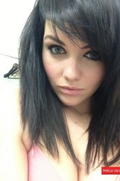 Mellisa Clarke - Self Shot Gallery 00