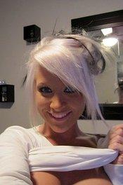 Blonde Webcam Girl Monroe Lee 03
