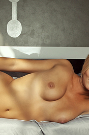 Hunter McCloud - Free Naked Pics 05