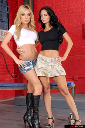 Amy Brooke & Ava Adams 00