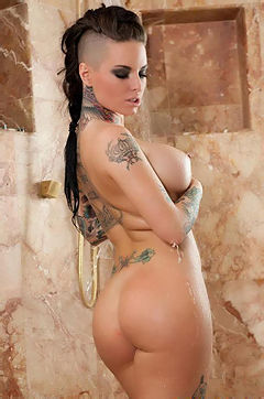 Christy Mack Washes Her Big Boobs In The Shower
