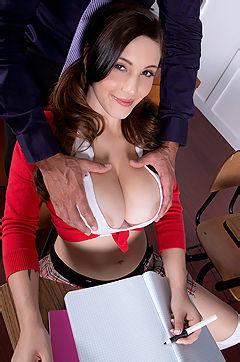 Horny Schoolgirl Noelle Easton