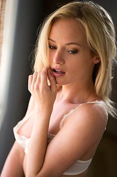 Sexy Chloe B