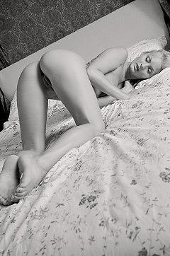 Erotic Nude Girl