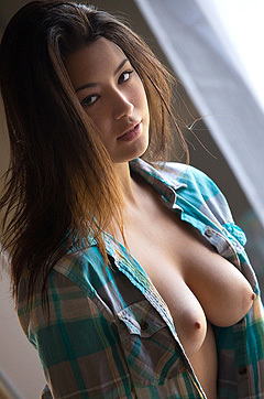Daizy Haze Luscious Tits