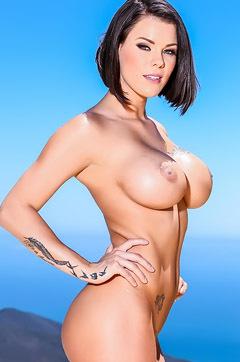 Huge Tits Peta Jensen