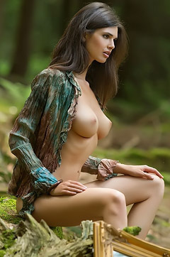 Jasmine Posing Nude In The Forest