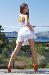 Beauty Hot Girl Caprice Takes Her White Dress Off 07
