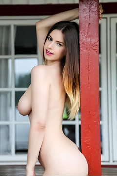 Natural Big Boobed Stella Cox