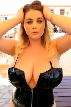 Holly Garner And Her Giant Boobs